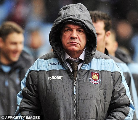 West Ham board to postpone contract talks with Allardyce