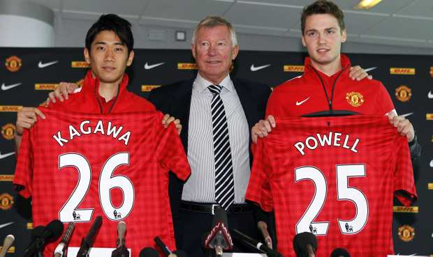 Man Utd's manager presented new players