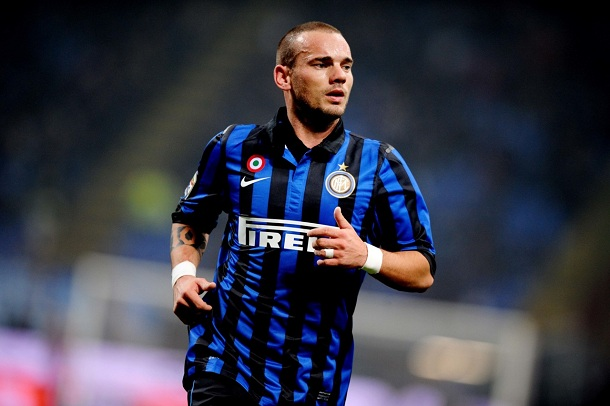 Sneijder escapes to Galatasaray