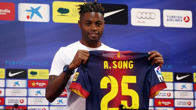 Сонг: «Я пришел в «Барселону» за трофеями»