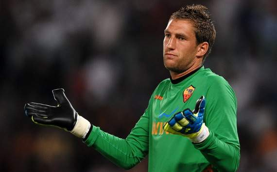 Fulham confirmed signing Roma Stekelenburg