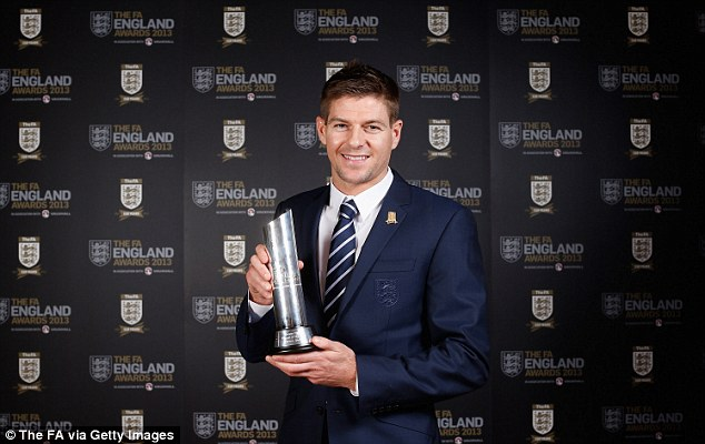 Liverpool Gerrard wins FA England Player of the Year award