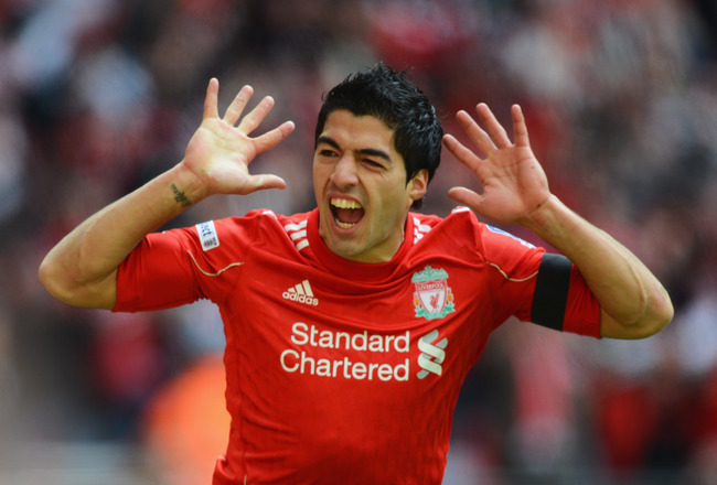 Liverpool Luis Suarez is wanted by Napoli boss Benitez
