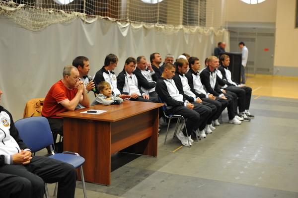 Болельщики «Тюмени» познакомились с игроками команды