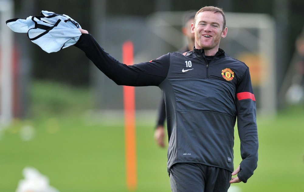 Manchester United training session: do not worry, be happy!