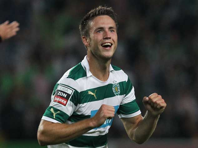 Van Wolfswinkel will not make a switch to Norwich should the club be relegated
