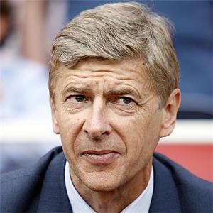 Arsenal eye £35m swoop for Newcastle Ba and Man Utd Nani