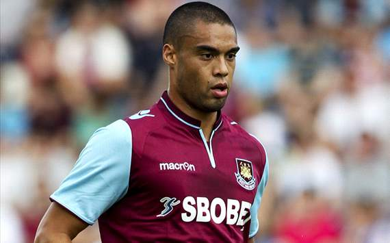 Reid clinched new deal with West Ham