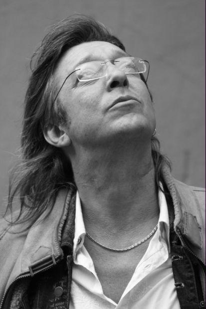 На чужом поле. Музыкант бит-квартета «Секрет» Андрей Заблудовский: «Я бы жил в Париже, в отличие от Депардье»