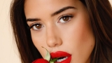 Надя Авилес и роза