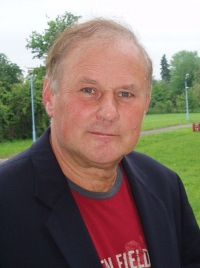 Ян Томашевски фото
