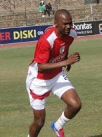 goliy-futbolist-vellington